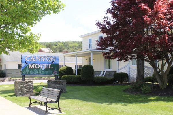 Wellsboro Hotel In Pennsylvania More Photos